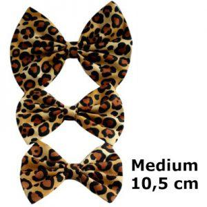 handgemaakte en gevoerde strik van luipaardstof in de maat medium 10,5cm 3 inch