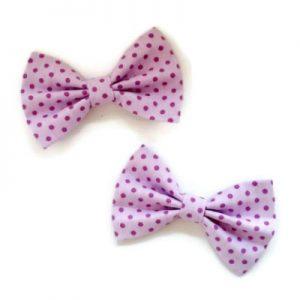 setje van twee handgemaakte strikjes van lila katien met kleine donker lila stipjes en met een alligatorspeld voor goede bevestiging in je haar