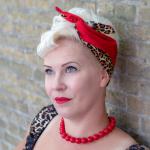handgemaakte brede wired haarband Bettielicious van rode luipaardstof in combinatie met effen rood