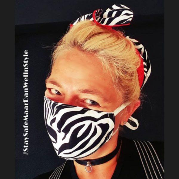 wired haarband en mondkapje in dezelfde zebra print